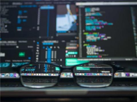 인력, 시간 등 부족으로 적절한 보안 대응이 어렵다 ⓒ Max Pixel