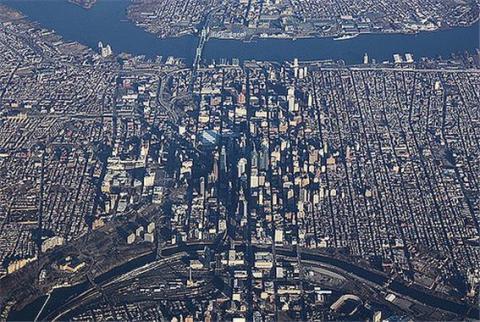 도시 운영을 체험할 수 있는 심시티  ⓒ Flickr