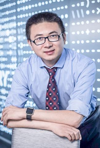연구를 이끈 MIT 기계공학과 자오 부교수 CREDIT: Zhao Lab / MIT