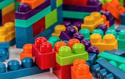 레고 처럼 분자수준에서 조립하는 PDK 플라스틱이 개발됐다. ⓒ Pixabay
