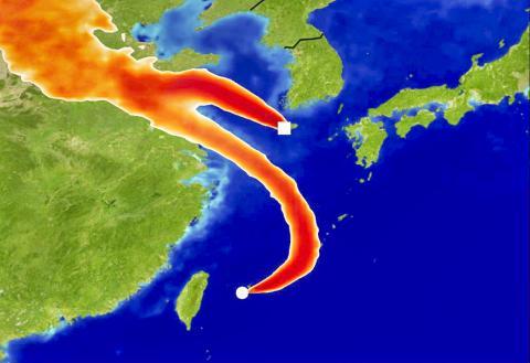 영국 기상청 NAME 모델을 사용해 2014년 12월 어느 날의 제주도 고산 관측센터와 일본 하테루마 관측소로 프레온가스의 대기 이동을 시뮬레이션한 모습. 짙은 색상은 프레온가스 측정치가 크게 높아졌음을 나타낸다. 이 모델 정보는 2013년 경부터 시작된 동중국에서의 배출 증가를 추산하는데 사용돼 왔다.  CREDIT: University of Bristol