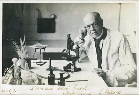 발진티푸스의 전염 경로를 밝혀내 1928년 노벨 생리의학상을 수상한 프랑스의 샤를 니콜 박사. ⓒ Public Domain