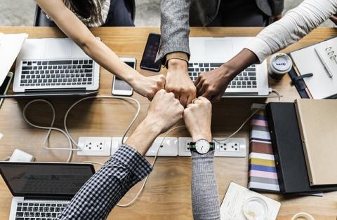 소통과 협업을 바탕으로 과학관의 전시역량을 향상시키는 것이 중요하다. ⓒ Pixabay