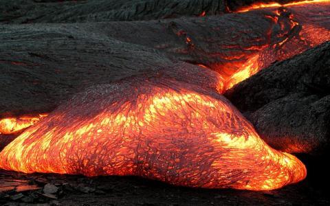 하와이 Kilauea 화산에서 분출된 용암 ⓒHamaii volcano Observatory