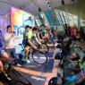 '2019 KSPO 인도어 사이클링' 대회의 예선전 장면. 최근 들어 IoT 등의 기술을 운동기구에 적용해 흥미를 부여한 스포츠 테크가 인기를 끌고 있다.