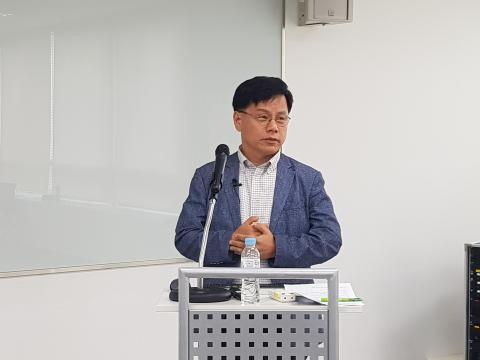 남우기 한국정보통신기술사회 회장은 'SW/ICT분야 국가기술자격의 현장성 강화 및 활용성 제고방안'에 대한 발제를 진행했다. ⓒ 김청한 / Sciencetimes