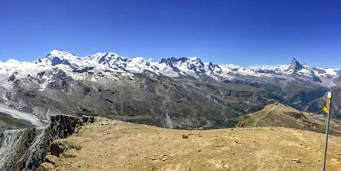 연구팀은 큰 산맥들이 형성돼 더 많은 풍화작용이 일어나 대기 중 이산화탄소가 줄어들게 됨으로써 지구가 냉각되게 됐다는 기존 이론을 반박했다. 사진은 스위스 서부 알프스의 체르마트 지역.  CREDIT: F. von Blanckenburg