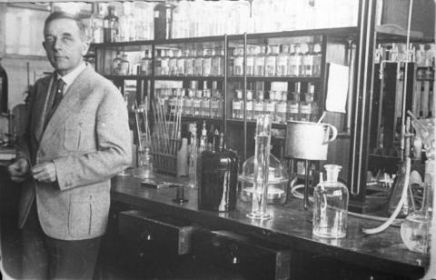세포호흡에 관한 연구로 1931년 노벨 생리의학상을 수상한 오토 하인리히 바르부르크 박사.  ⓒ German Federal Archive