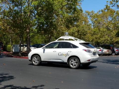 2010년 당시 구글의 자율주행차 ⓒ Flickr