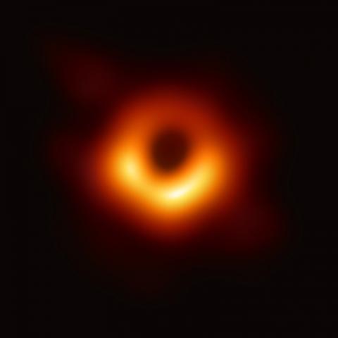 2019년 4월 공개된 블랙홀 직접 관측 영상ⓒPublic Domain