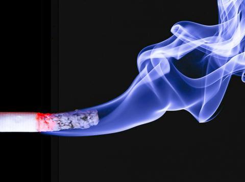 이번 연구에서 담배는 수면을 해치는 가장 강력한 물질로 확인됐다.  Credit: Pixabay