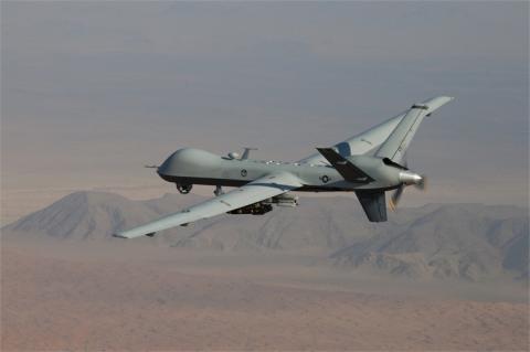드론은 군사 목적으로 활용도가 커 각국에서 연구를 진행하고 있다. 사진은 미군의 군사용 드론MQ-9 리퍼 ⓒ미공군