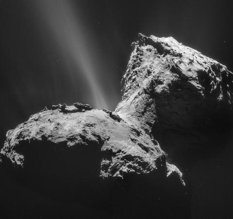 ESA가 발사한 로제타 우주망원경이 발견한 혜성 67P Churyumov–Gerasimenko i ⓒ 위키피디아