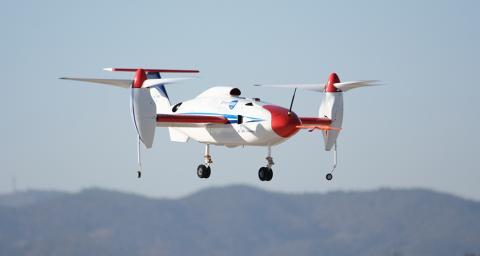 드론은 본래 사람이 탑승하지 않는'무인비행체'를 뜻한다. 하지만 드론 기술을 활용해 사람이 타고 있으면 자동으로 목적지까지 날아다주는'미래형 개인 비행체(PAV)' 개발도 진행 중이다. 사진은 산업통상자원부 지원으로 한국항공우주연구원이 개발을 추진 중인PAV시제기 예상 모습 ⓒ한국항공우주연구원