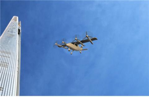 1. 한국항공우주연구원이 개발한 변신형 드론'스마트 무인기'의 이륙 모습 ⓒ한국항공우주연구원