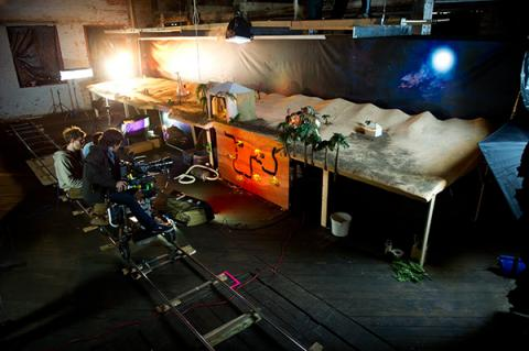 'Boxcar Fair' 뮤직비디오 촬영 장면