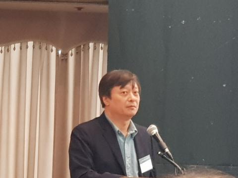 이준구 센터장이 '양자컴퓨팅 산업 에코시스템 확보 전략'에 대해 강연했다.