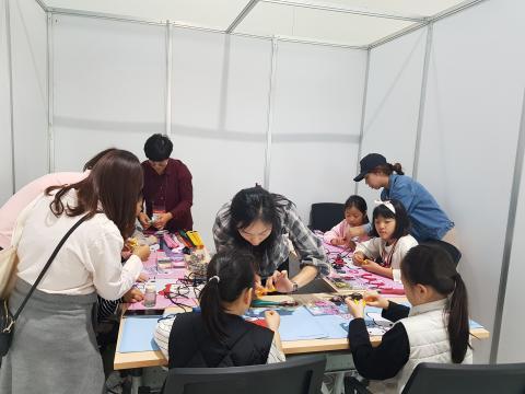 상상이룸에 열심인 학생들 ⓒ 김순강 / ScienceTimes