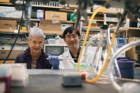 르몰린-오도넬 박사(왼쪽)와 후 박사. ⓒ 보스톤 아동병원