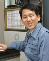 학사출신의 민간연구원으로 노벨화학상을 받아 화제가 되었던 다나카 고이치 ⓒ 内閣官房内閣広報室