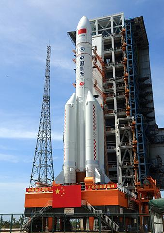 중국의 차세대 대형 발사체 '창정 5호' © CNSA