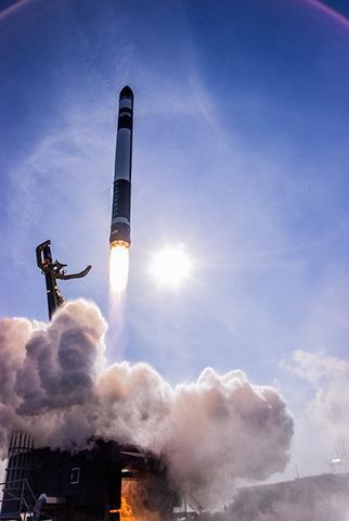 로켓랩의 일렉트론 로켓은 소형발사체의 대표적 성공 사례로 꼽힌다. © Rocket Lab