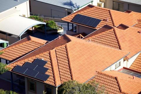 호주는 주택의 지붕형(루프탑) 태양광 보급률이 세계 1위다. ⓒ Duncan Rawlinson(flickr.com)