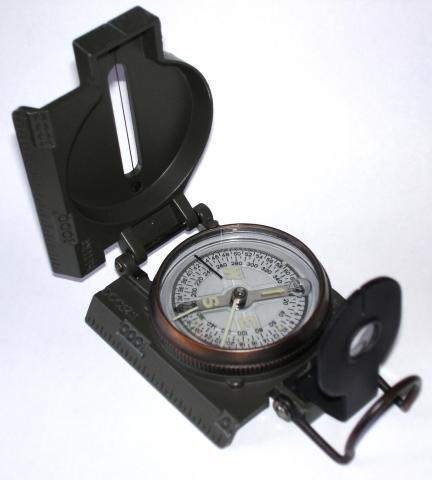 Liquid_filled_compass