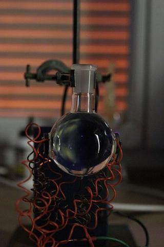 음파발광 실험 장치 ⓒ Beazzie