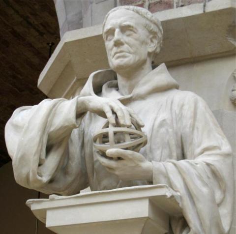옥스퍼드대 자연사박물관에 설치된 로저 베이컨 상. 근대과학의 선구자로 올해 탄생 800주년째를 기록하고 있다. ⓒOxford University