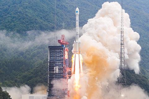 중국은 다양한 발사체를 보유하고 있다. 사진은 창정-3B 로켓. ⓒ CNSA