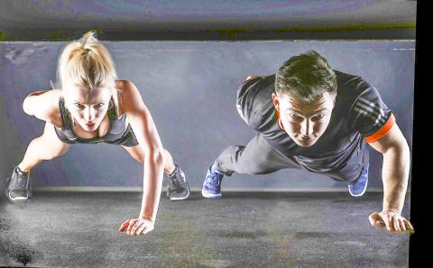 나이가 들어 움직임이 둔화되거나 몸에 대사이상이 있을 때 운동은 이를 조절하는 가장 효과적인 방법 가운데 하나로 꼽힌다.  Credit: Pixabay / 5132824